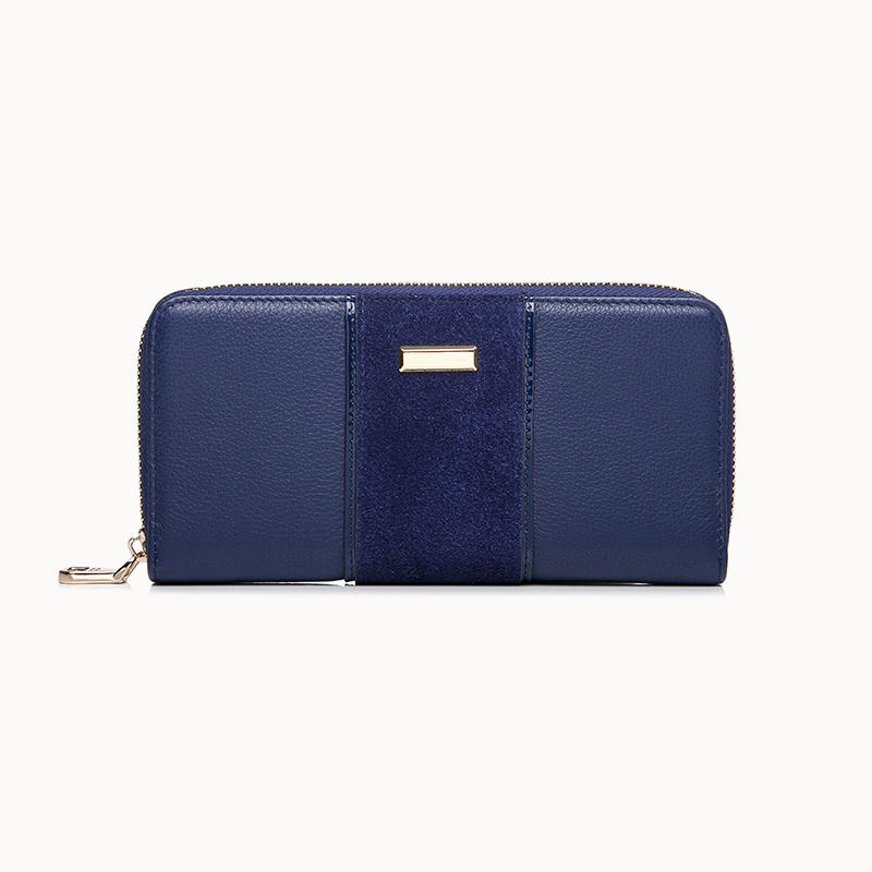Classic Design Lades Long Zip Wallet In Calf Leather